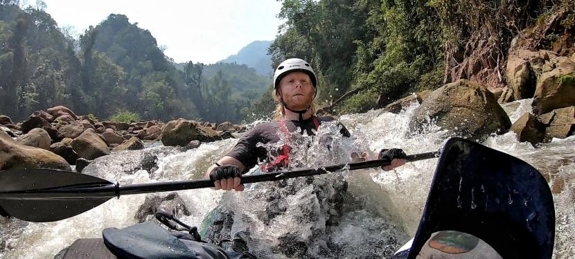 Padletur langs Nam Ou-elven iNord-Laos